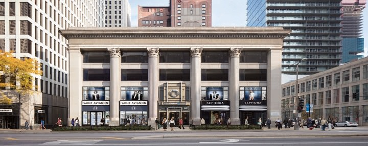 GGP's 605 N Michigan Ave property in Chicago, IL is busy with visitors and shoppers.