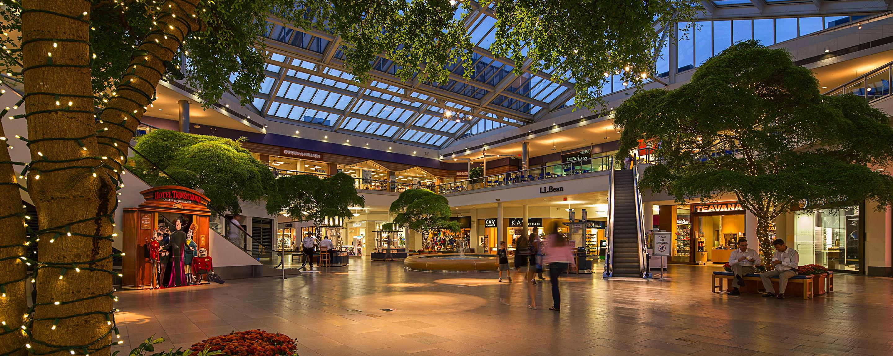 ... Inside Paramus Park an open common area features a seating area decorated with string lights & Retail Space for Lease in Paramus NJ | Paramus Park | GGP azcodes.com